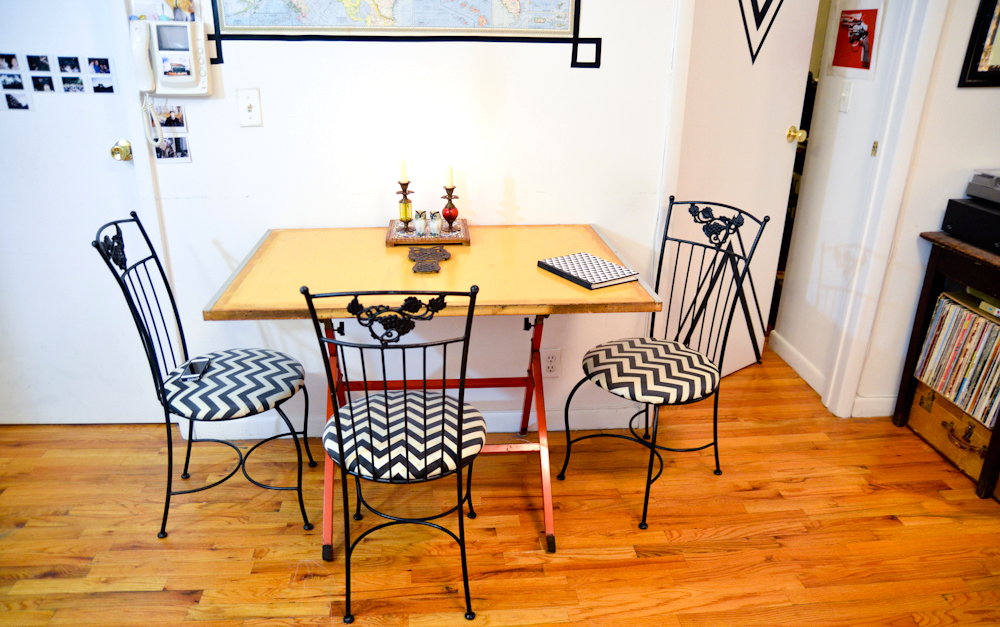 Furnishing a Small Apartment 10 Tips for Finding Great Furniture - Style One Room at a Time