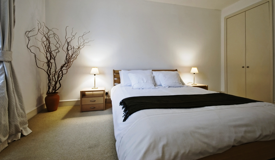 Tips for Decorating a Small Bedroom to Amp Up the Space