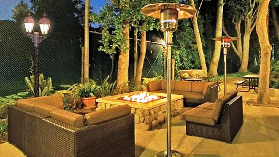 Guidelines for sharing an outdoor living space blog for Living spaces for rent