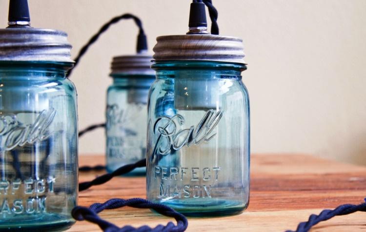 Easy Mason Jar Crafts - Lamp