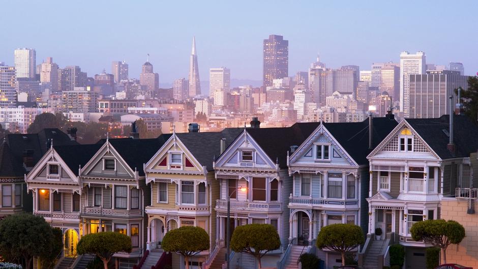 How to Choose a Neighborhood