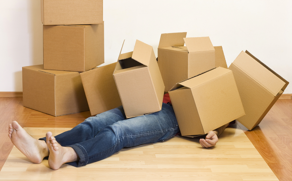 Do's and Don'ts for Moving into Your First Apartment - Don't Put Off Packing