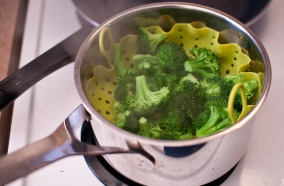 Four Ways to Cook Veggies - Steam Them
