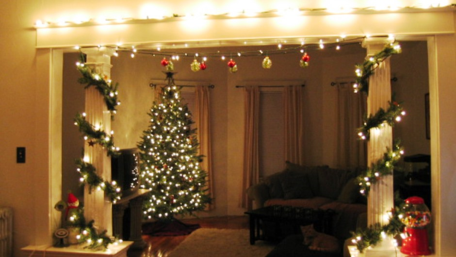 Holiday Home Decorating Ideas 60 christmas decorating ideas for a joyful holiday home Apartment Decorating Ideas For Men The Flat Decoration Simple