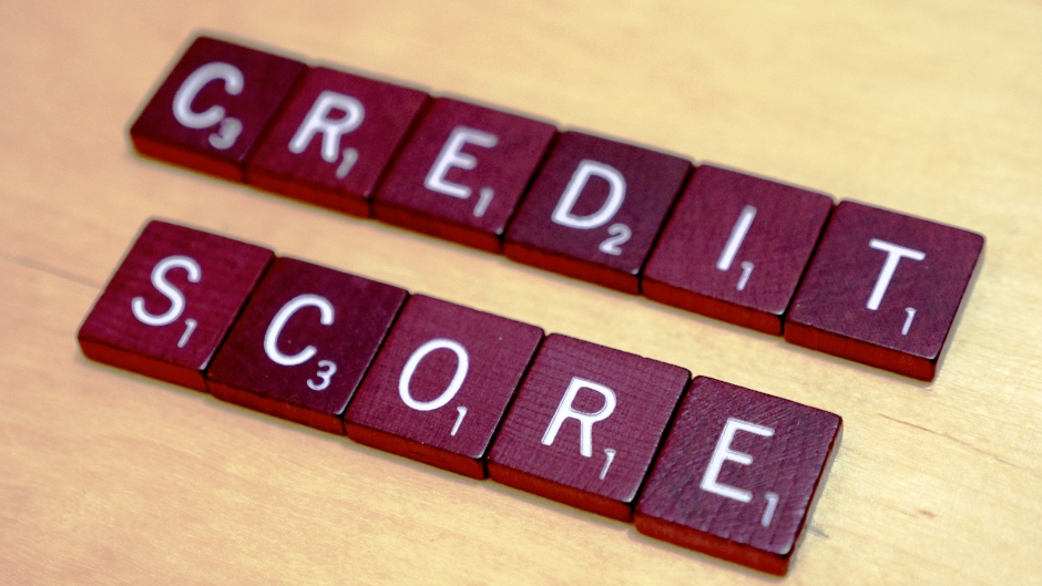 How Late Payments Affect Your Credit Score