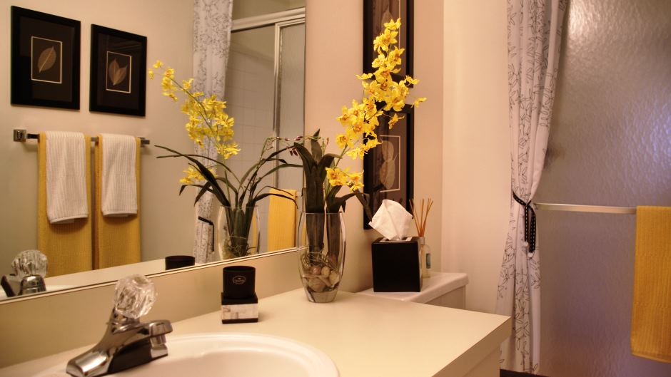 bathroom decor ideas from celebrity homes blog