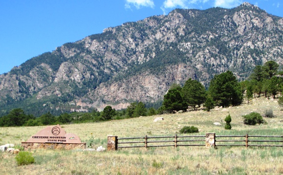 Best Spring Activities in Colorado Springs - Cheyenne Mountain State Park