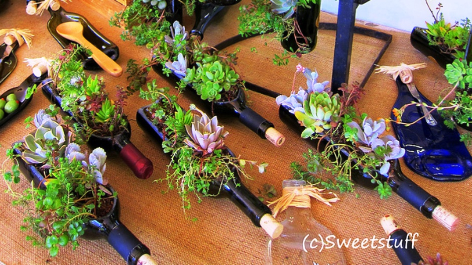 Wine bottle crafts for diy decor planter blog for How to cut glass bottles lengthwise