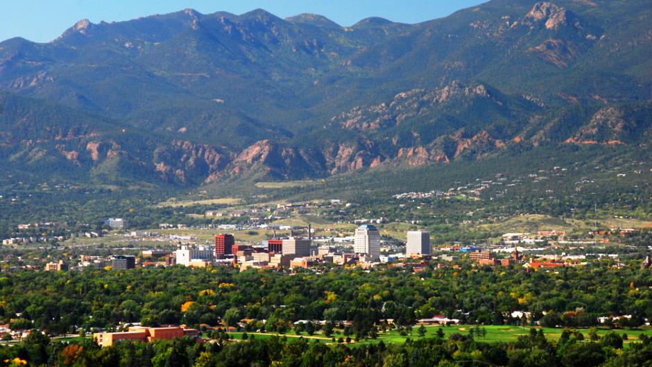 Top Colorado Springs Neighborhoods for Foodies