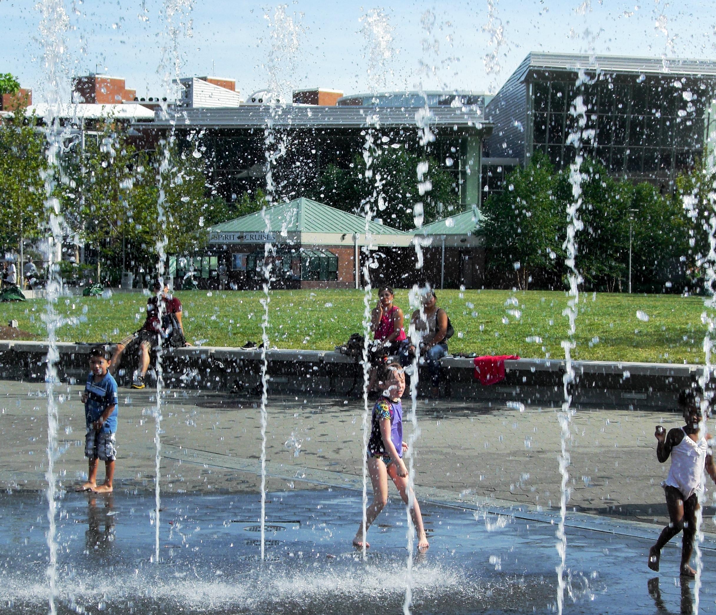 Summer Activities in Baltimore - Fountain