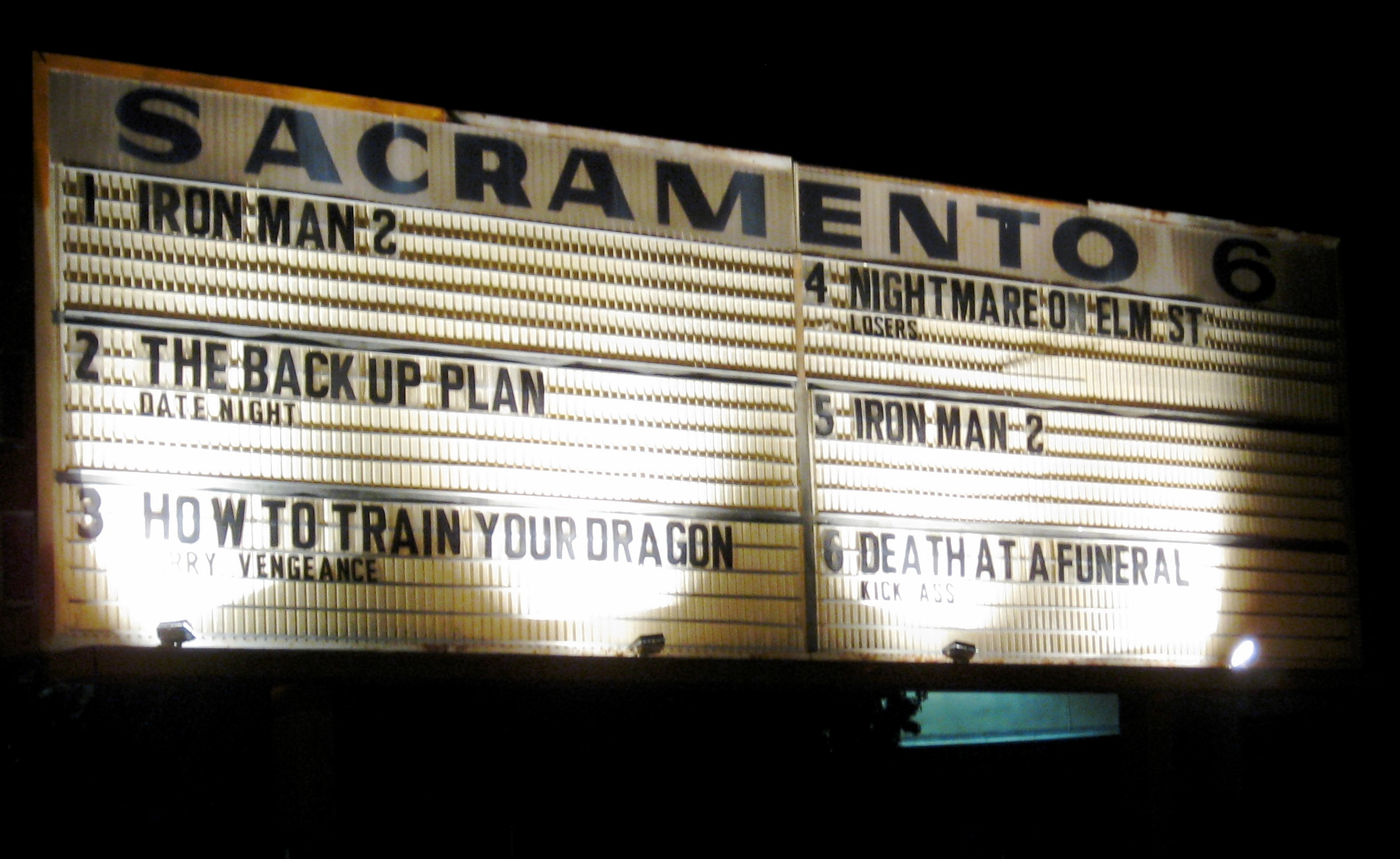 Summer Activities in Sacramento - Sacramento 6 Drive-In