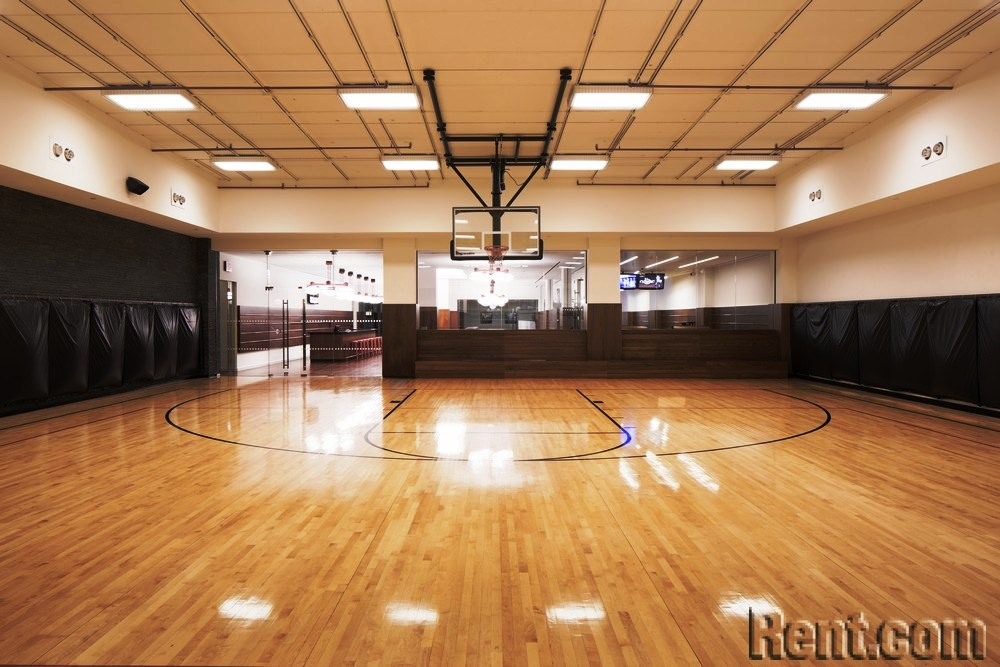 The Top 10 Most Baller Amenities at Luxury Apartments - Exclusive Indoor Activities