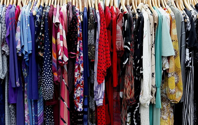 A Shopaholic's Guide to Closet Organization Bliss - Seasonal Wardrobe Storage