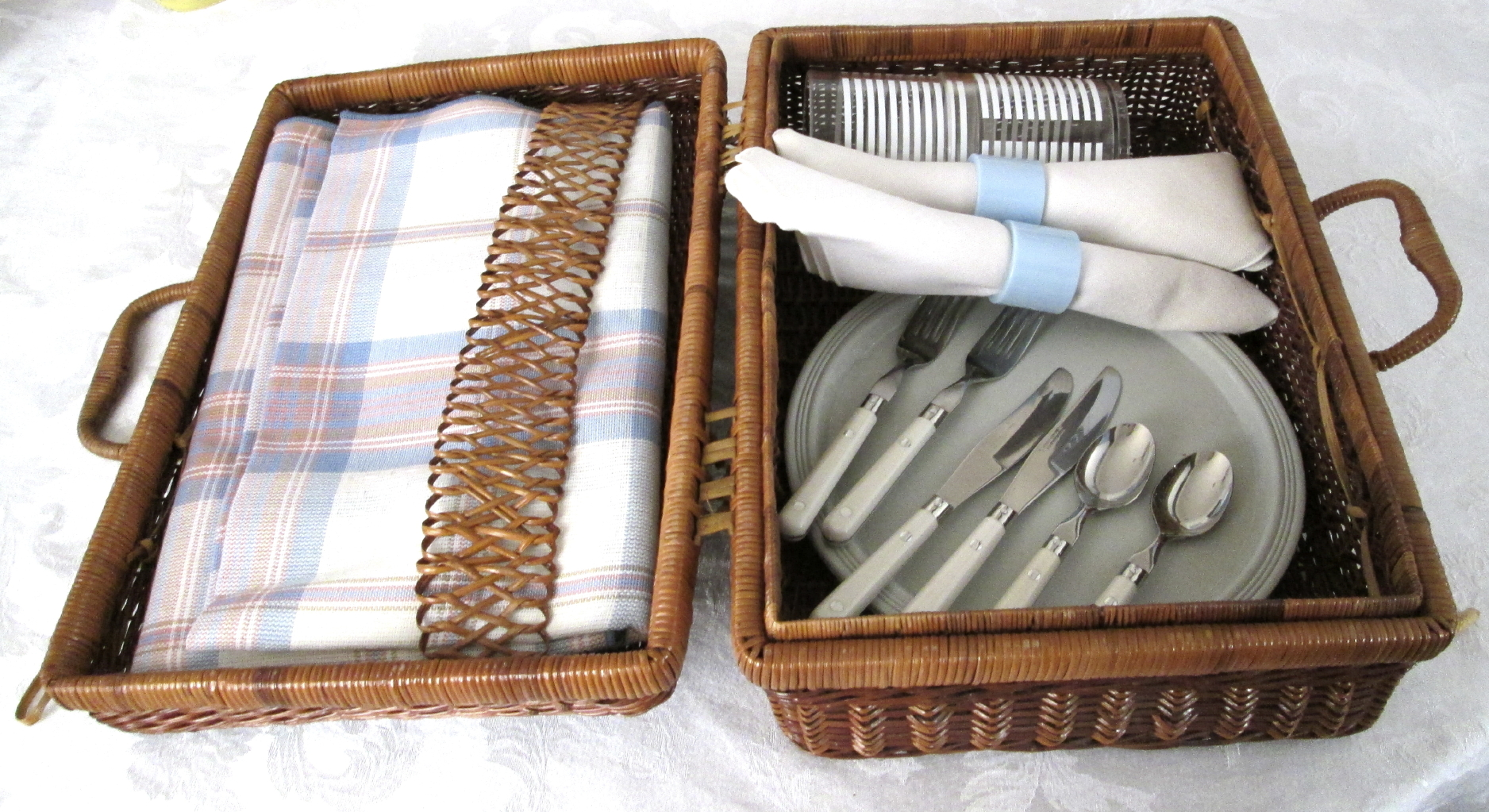 Picnic Ideas- How to Plan the Perfect Picnic - Remember Plates, Silverware, and Napkins