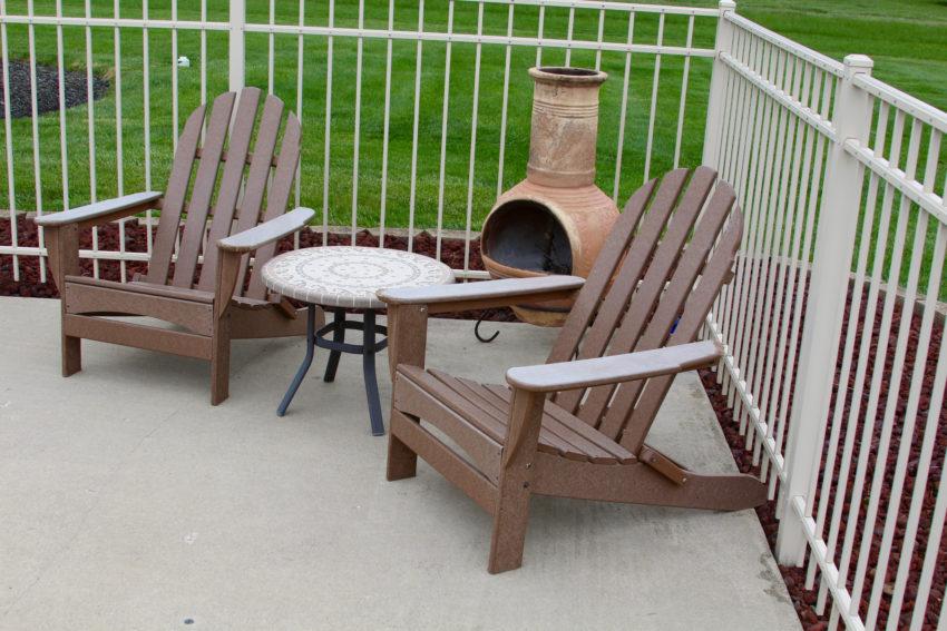outdoor-apartment-patio