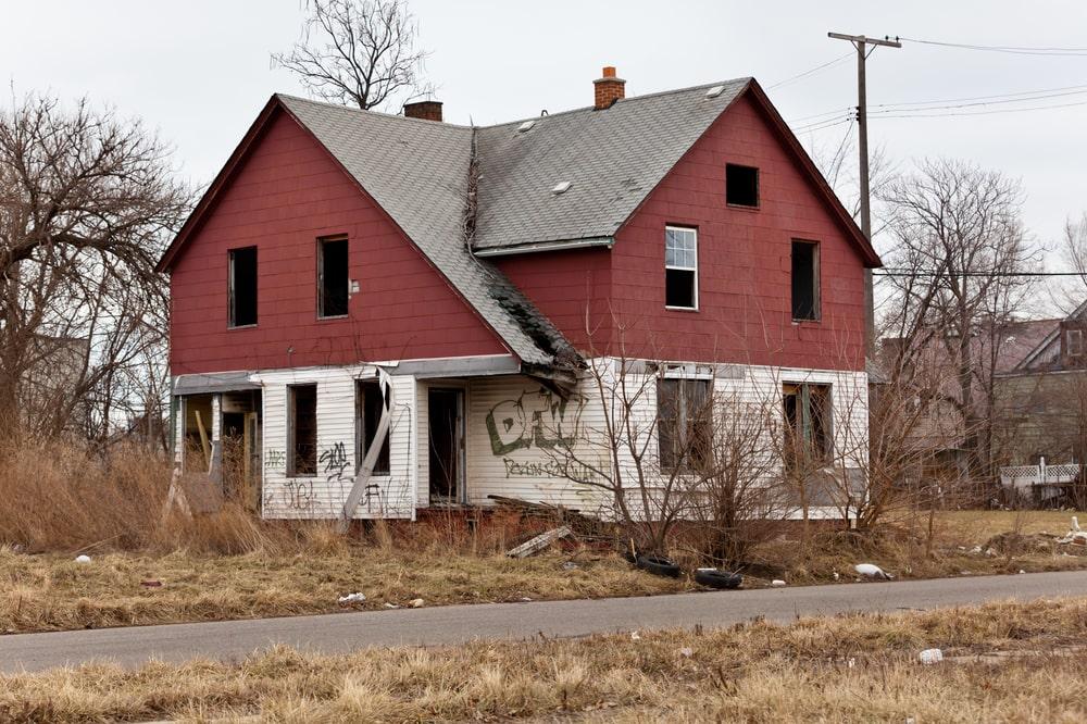 rundown house in detroit