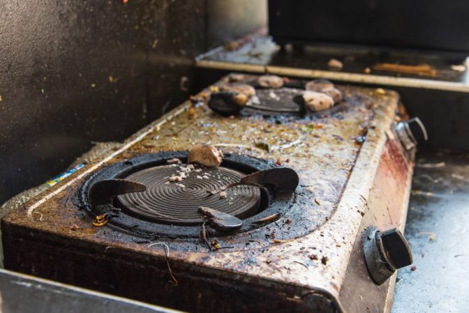 how to clean a stove