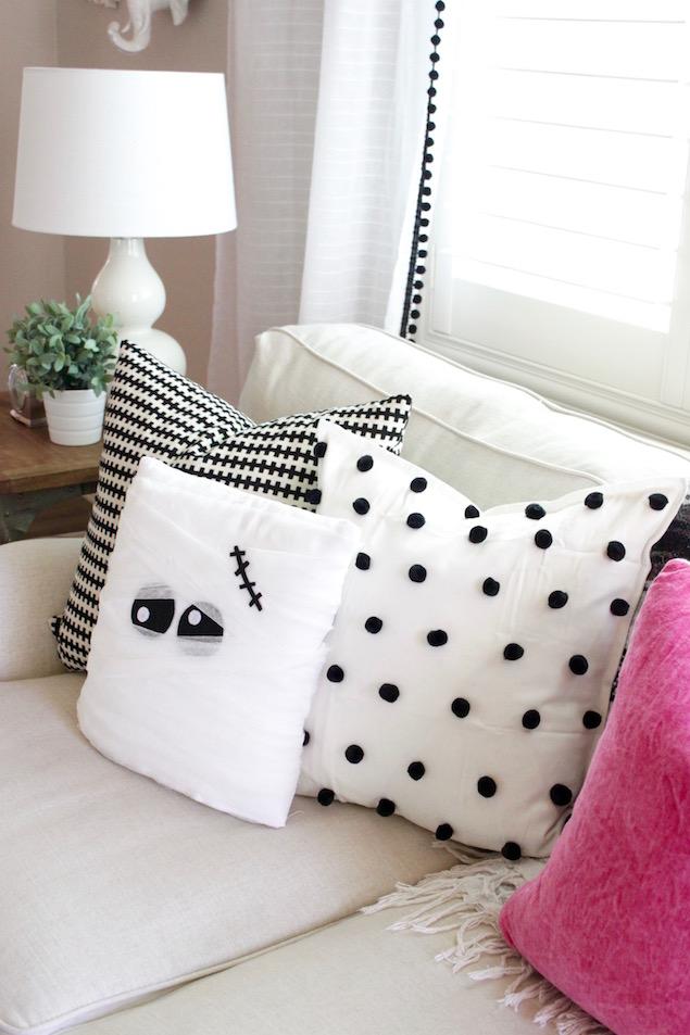 DIY Mummy Pillow halloween
