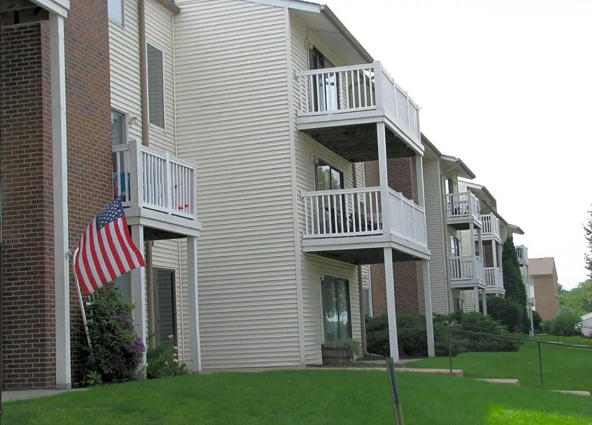 centre ridge apartments omaha