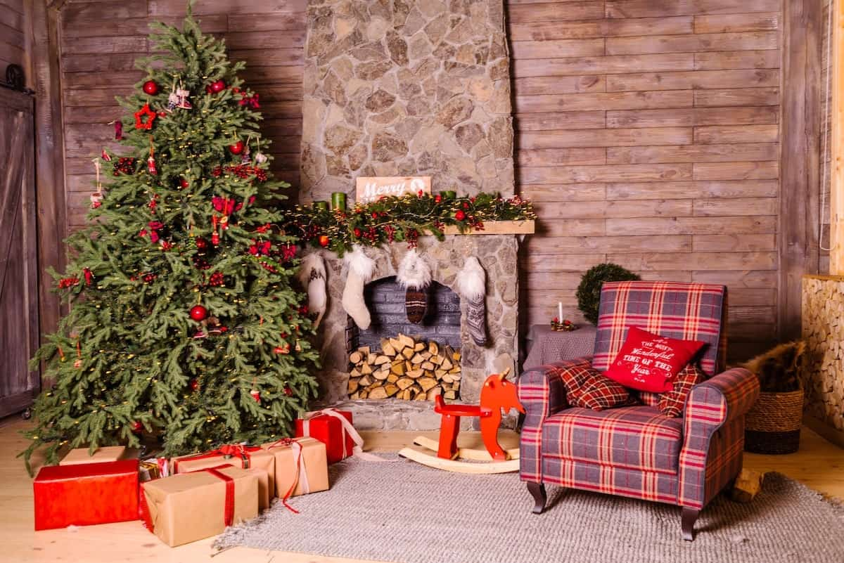 How to Deal with Christmas Tree Allergies - Rent Blog