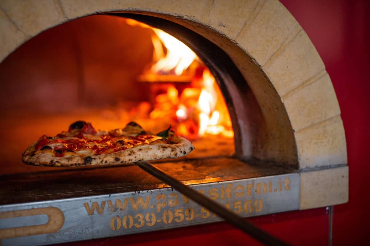 Pizza in oven from Roebuck