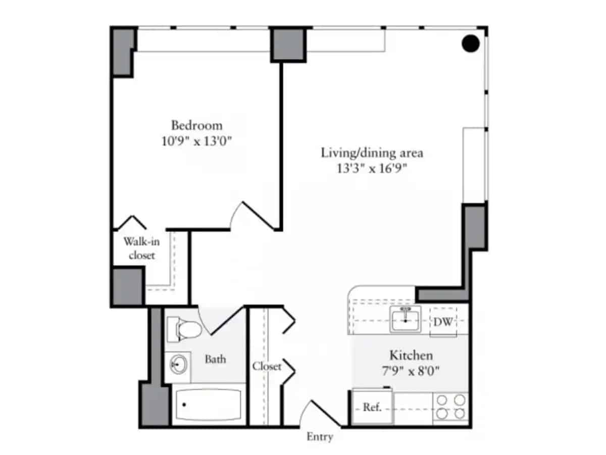 Layout of a 600-square-foot apartment