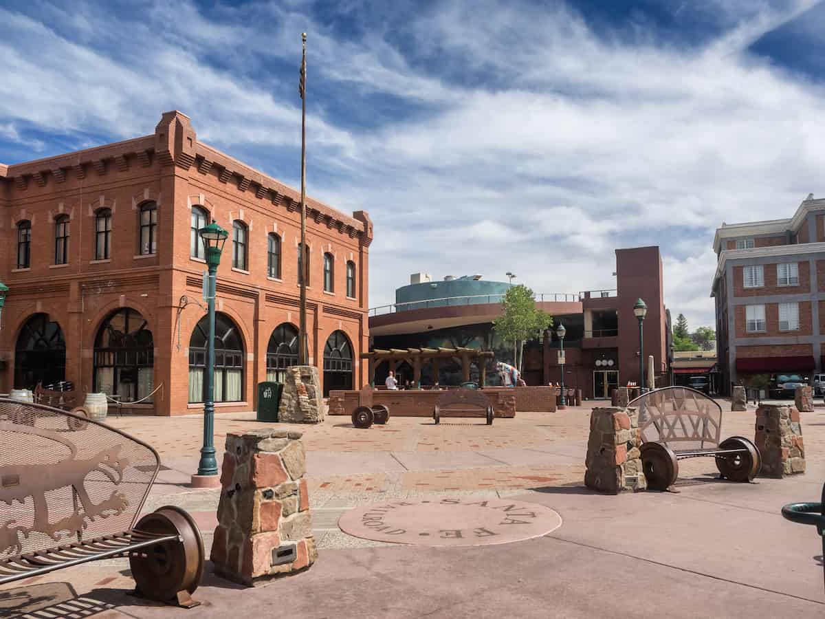 Downtown square in Flagstaff, AZ, one of the best places to live in arizona